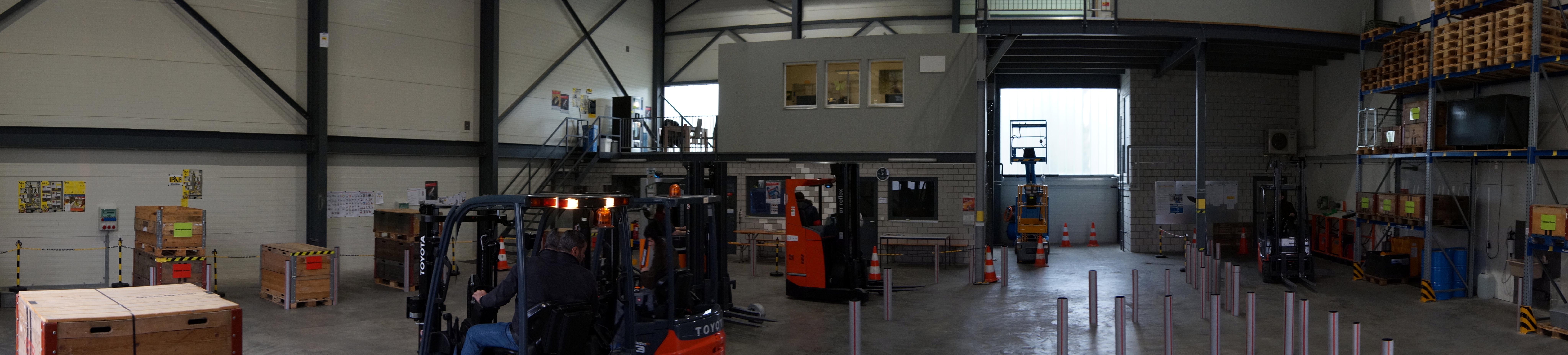 Kontakt mit swiss LT GmbH